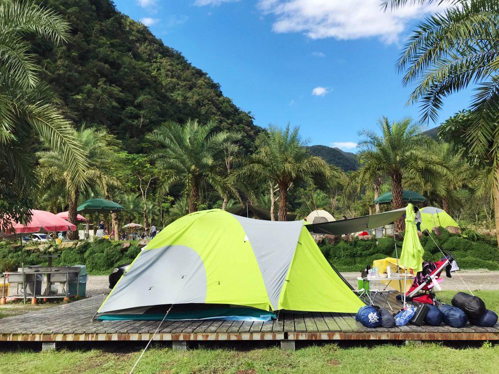 【露營】親子初次露營推薦—小松鼠帶你去露營!(宜蘭鳳梨屋水上莊園露營區)